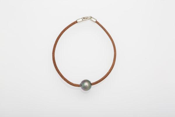 Tahitian Pearl on Leather Bracelet